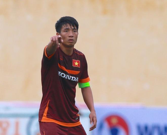 HLV Miura xoay tua bang doi truong U23 Viet Nam hinh anh