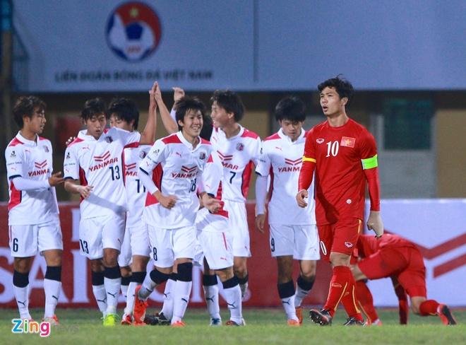 Cong Phuong chung chac trong lan dau lam doi truong U23 VN hinh anh 8