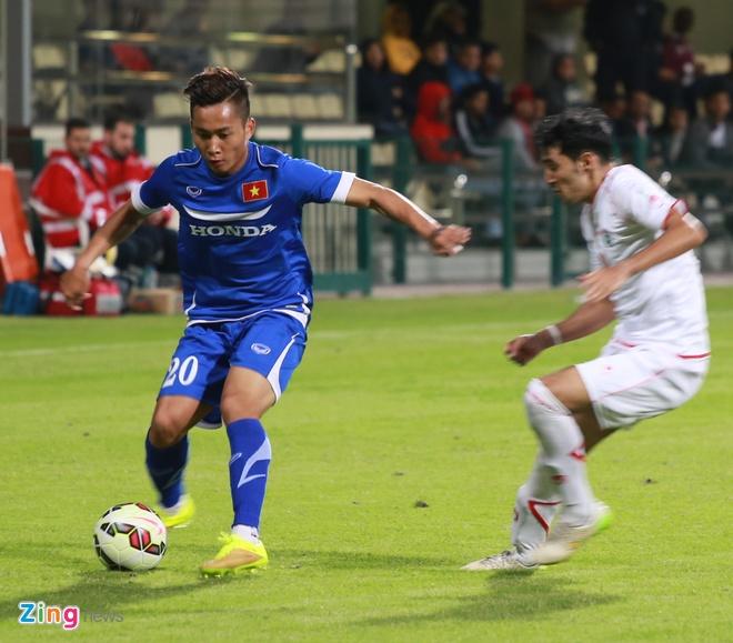 Ho Tuan Tai ghi ban rut ngan ty so 1-2 cho U23 Viet Nam hinh anh