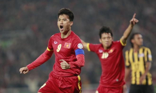 Cong Vinh bau Messi cho danh hieu Qua bong vang FIFA hinh anh