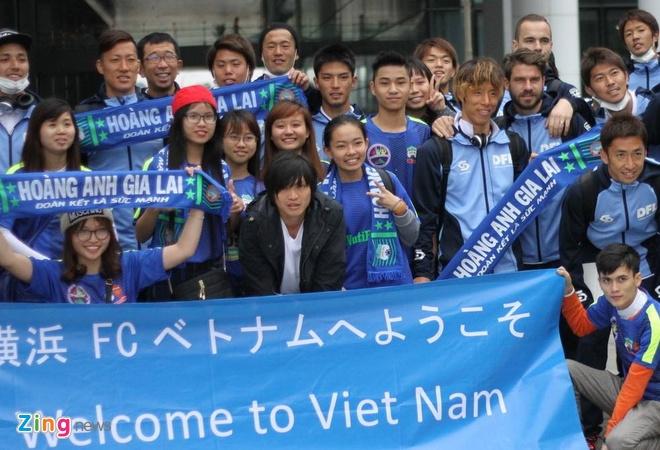 Tuan Anh hoi quan cung Yokohama FC tai Ha Noi hinh anh 1