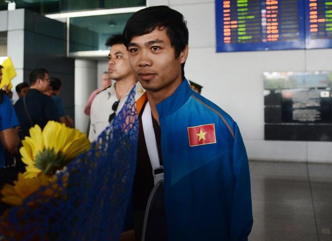 Cong Phuong sang Nhat hoi quan vao mung 8 Tet hinh anh