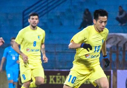 Thang Kitchee, Ha Noi T&T don Tet o Han Quoc hinh anh
