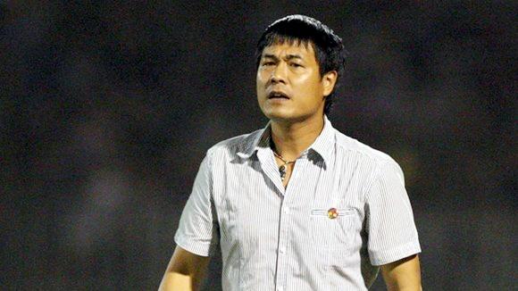 HLV Huu Thang: 'VFF phai cho toi toan quyen ve chuyen mon' hinh anh