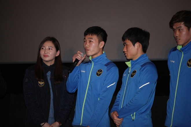 Xuan Truong ky tang fan Han Quoc o le ra quan mua giai moi hinh anh 3