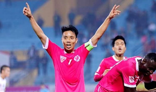 Doi bong o V.League ban co phieu cho fan hinh anh
