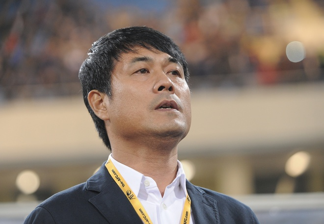 HLV Huu Thang: VN khong chu quan du Thai Lan xem nhe AFF Cup hinh anh