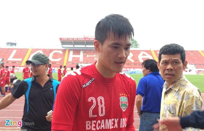 Cong Vinh tap sung suc sau nghi van ngo doc hinh anh 1