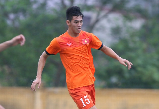 Tuyen Viet Nam muon cau thu U19 cho bai tap doi khang hinh anh
