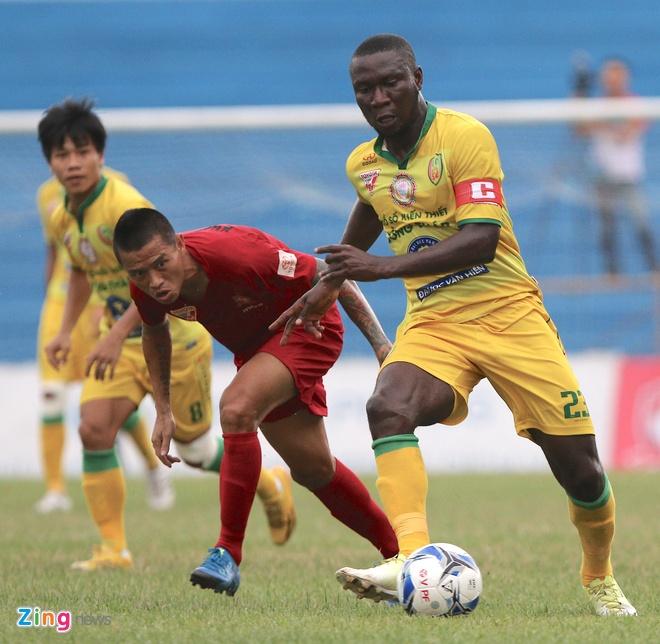 Hai Phong loi nguoc dong thang doi cuoi bang V.League hinh anh 2