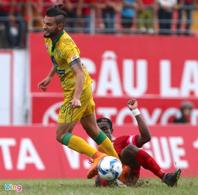 Hai Phong loi nguoc dong thang doi cuoi bang V.League hinh anh 4