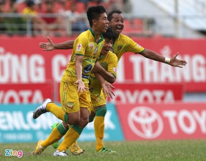 Hai Phong loi nguoc dong thang doi cuoi bang V.League hinh anh 5