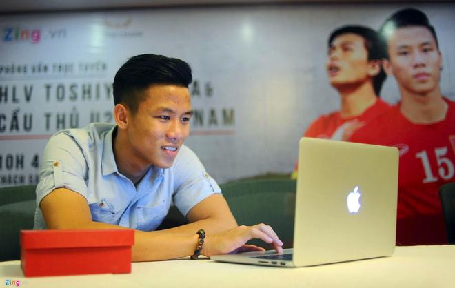 Que Ngoc Hai: 'Ronaldo se can tieng gay cua Ga trong Phap' hinh anh 1