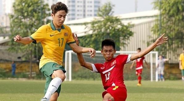 U16 Viet Nam bat ngo thang dam U16 Australia 3-0 hinh anh
