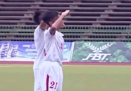 U16 Viet Nam an mung kieu quan doi khi thang Myanmar 5-1 hinh anh