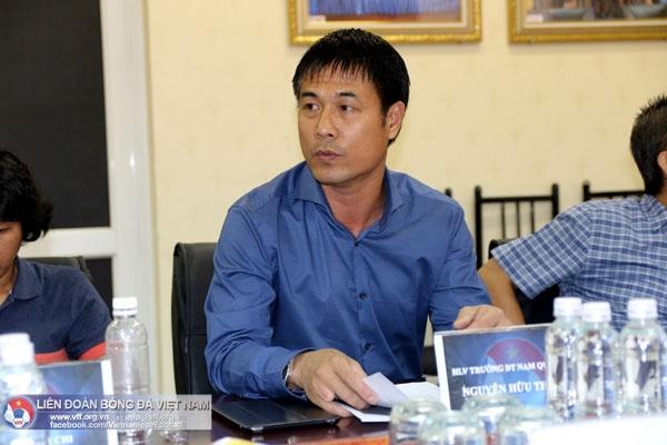 Tuyen Viet Nam tap huan Han Quoc truoc them AFF Cup 2016 hinh anh 1