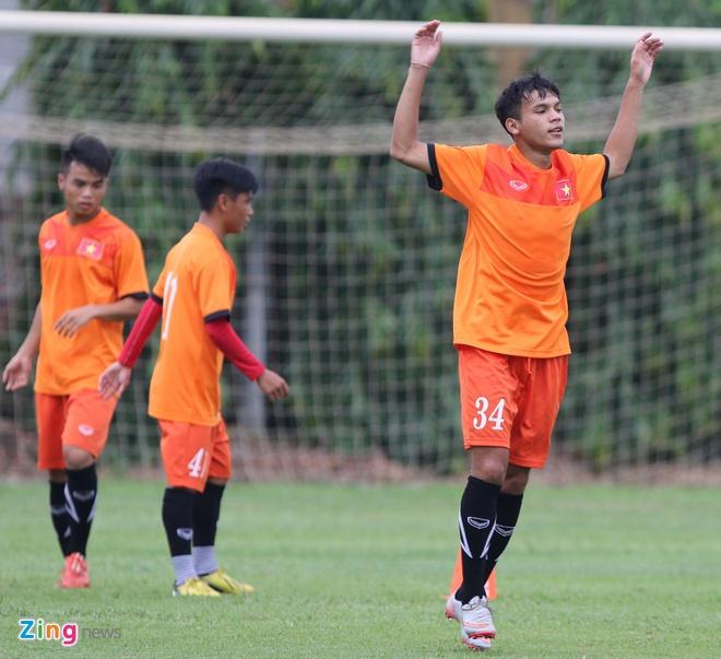 U19 Viet Nam tap o Ha Noi anh 3