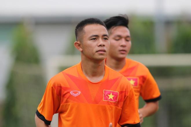 U19 Viet Nam loai 4 cau thu truoc gio sang Myanmar hinh anh