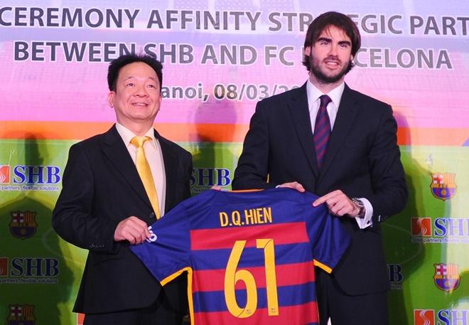 Barcelona can nhac den Viet Nam du dau mua he 2017 hinh anh
