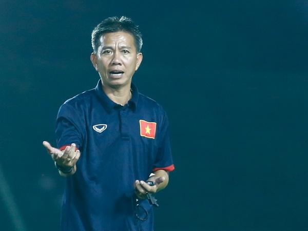 HLV Hoang Anh Tuan khong ngai 'dong the' Huu Thang hinh anh