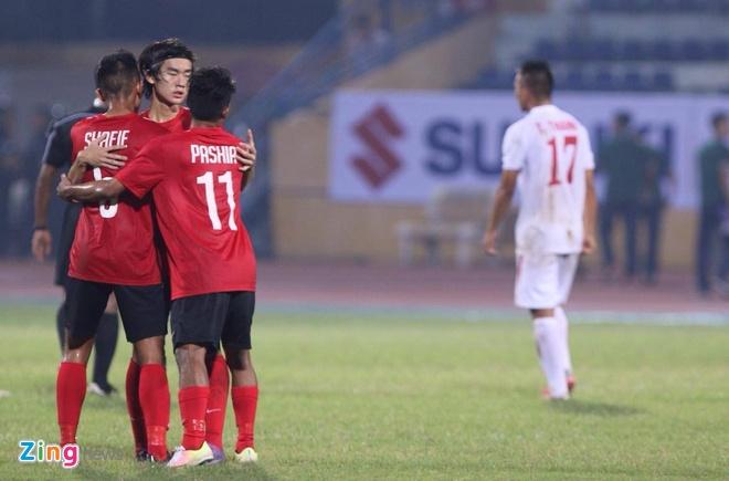 HLV U19 Viet Nam: 'Hoa Singapore cung khong toi' hinh anh 1