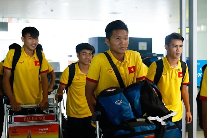 VFF thuong U16 Viet Nam 400 trieu ngay tai san bay Noi Bai hinh anh 6