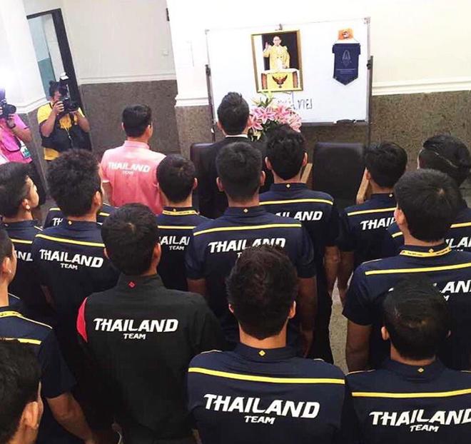 HLV Kiatisak tuong nho vua Thai Lan anh 1