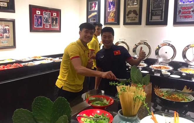 U19 Viet Nam hao huc cham tran Brazil, Anh o World Cup U20 hinh anh 3
