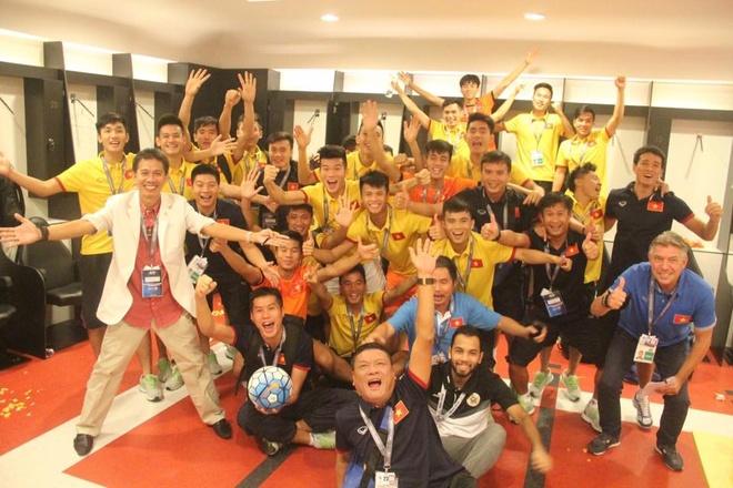 U19 Viet Nam hao huc cham tran Brazil, Anh o World Cup U20 hinh anh 1