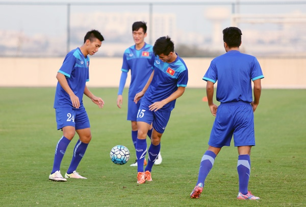 U19 Viet Nam cat 4 tru cot vi lo 'diep vien' Nhat Ban hinh anh 1