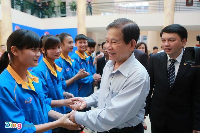 Nguyen Chu tich nuoc Nguyen Minh Triet tham cac DTQG hinh anh 2