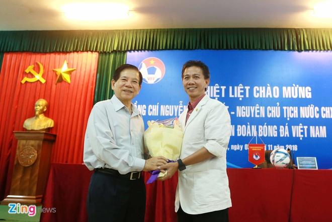 Nguyen Chu tich nuoc Nguyen Minh Triet tham cac DTQG hinh anh 6
