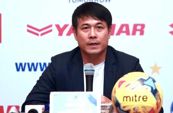 HLV Huu Thang: 'DTVN phai ap dat loi choi len Indonesia' hinh anh