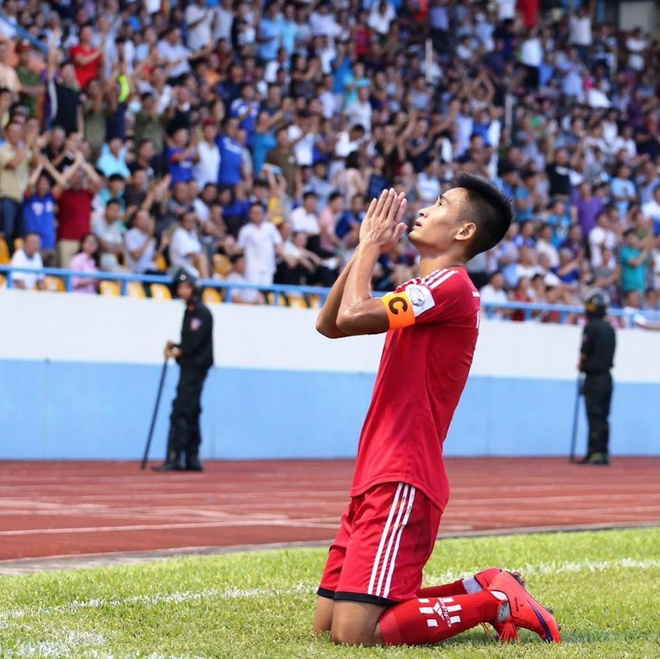 Minh Tuan: Cha chi duong cho toi ghi ban vao luoi Indonesia hinh anh 1