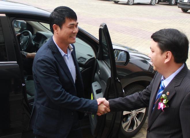 VFF ban ve tuong lai HLV Huu THang anh 1