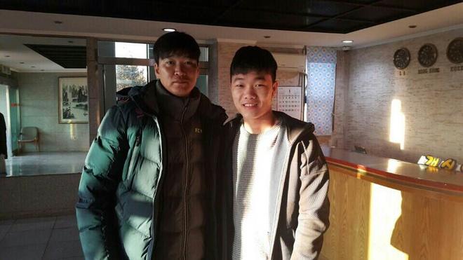 Gangwon FC kiem tra suc khoe Xuan Truong hinh anh 1