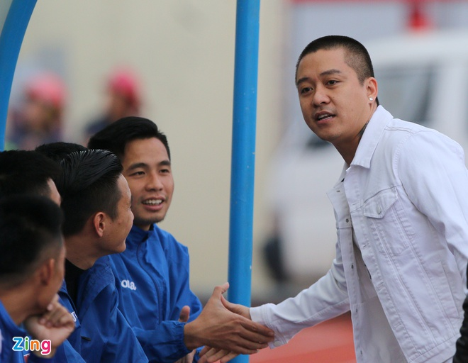 Ca si Tuan Hung, Bao Thy khuay dong san Cam Pha hinh anh 5