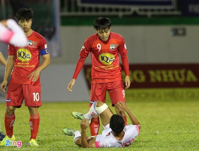Van Toan tuc gian do Cong Phuong, anh 2