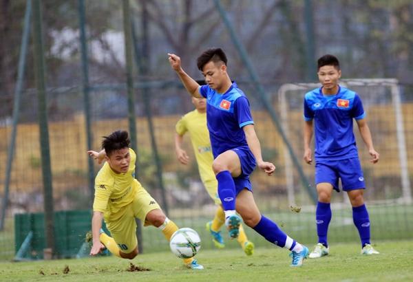 U18 Viet Nam sang du dau Trung Quoc anh 1