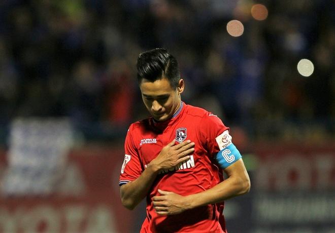 Minh Tuan an mung xuc dong sau cu dup vao luoi Sai Gon FC hinh anh