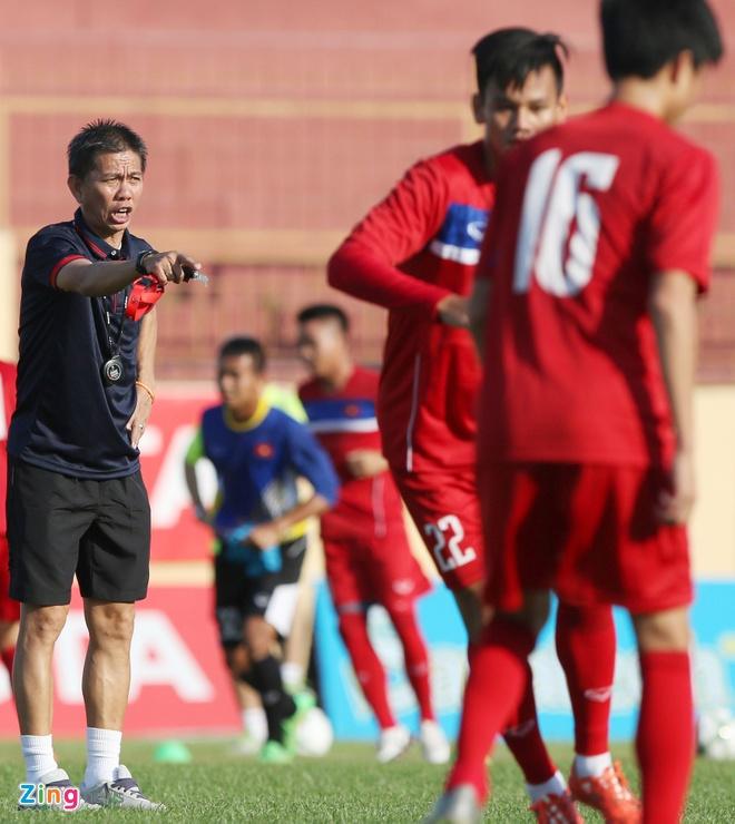 U20 Viet Nam: Tony Tuan Anh da cap voi Thanh Hau hinh anh 1