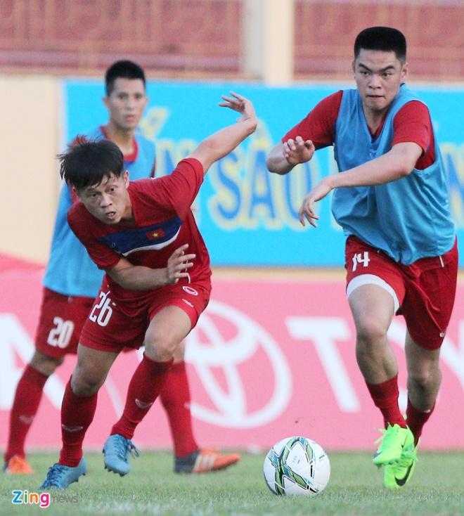 U20 Viet Nam: Tony Tuan Anh da cap voi Thanh Hau hinh anh 3