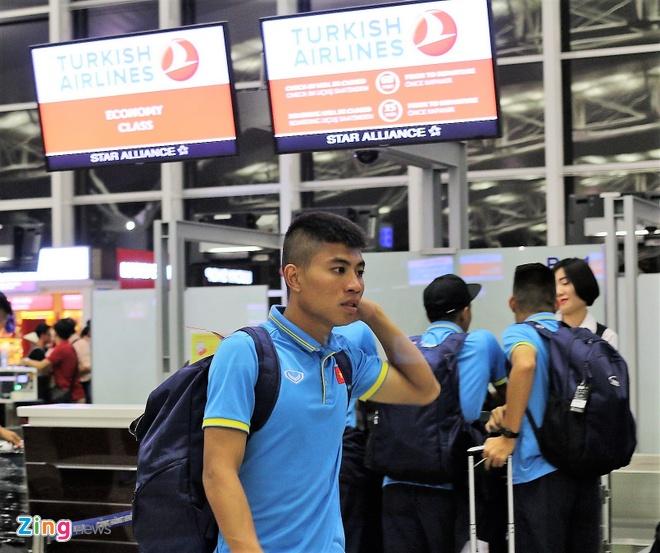 U20 Viet Nam hao huc sang Duc tap huan hinh anh 1