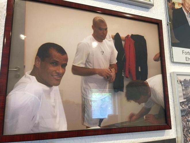 Bac si chua cho Ronaldo giup U20 VN anh 1