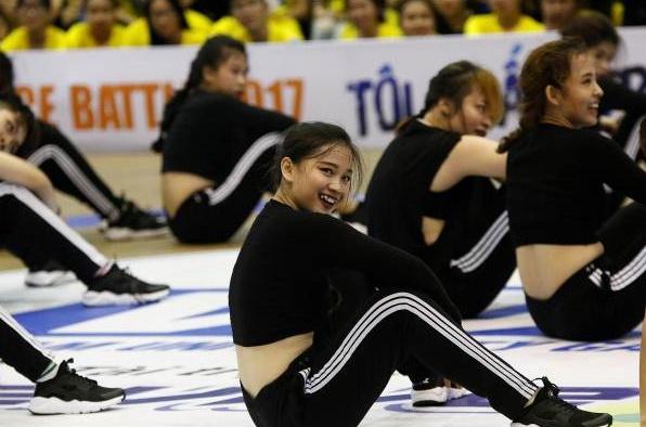 Dance Battle DH Quoc Te TP.HCM: Khat khe voi minh de tao chat rieng hinh anh 1