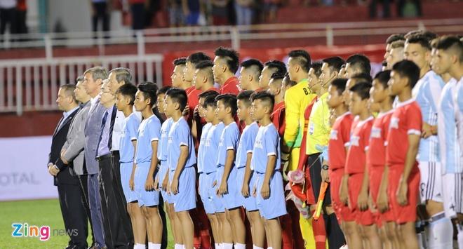 Hai Anh em nha Bui Tien o U20 Viet Nam anh 1