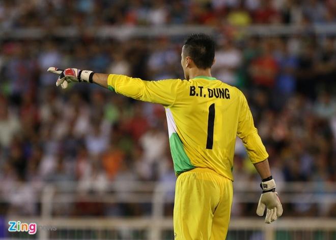 Hai Anh em nha Bui Tien o U20 Viet Nam anh 5
