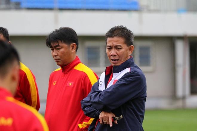 U20 Viet Nam hung khoi ra san tap o Han Quoc hinh anh 2