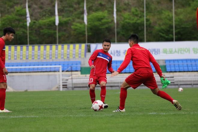 U20 Viet Nam hung khoi ra san tap o Han Quoc hinh anh 5