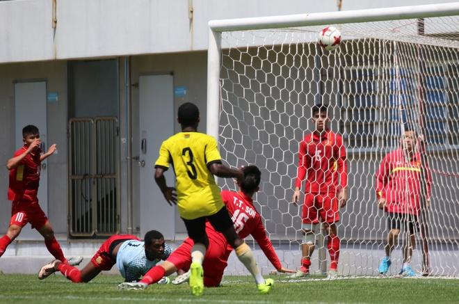 Tien dao HAGL ghi ban, U20 Viet Nam cam hoa U20 Vanuatu hinh anh 1